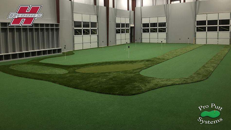 College Indoor Golf